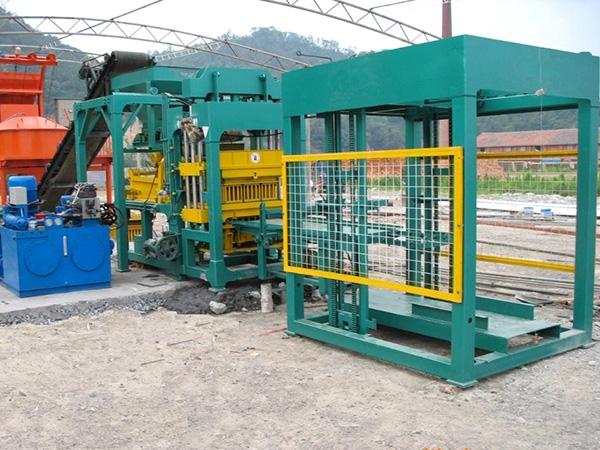 QT8-15-hydraulic-block-making-machine